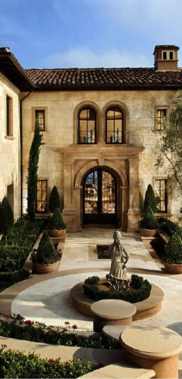 Best 25 tuscan homes ideas on pinterest mediterranean for Old world house plans courtyard