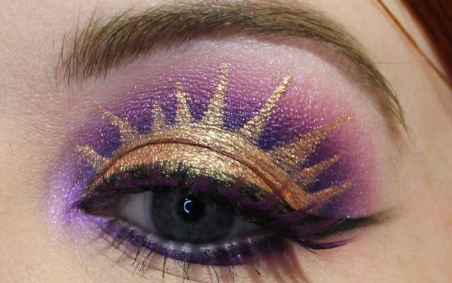 Cora's Rapunzel/Tangled inspired eyeshadow is breathtaking.
