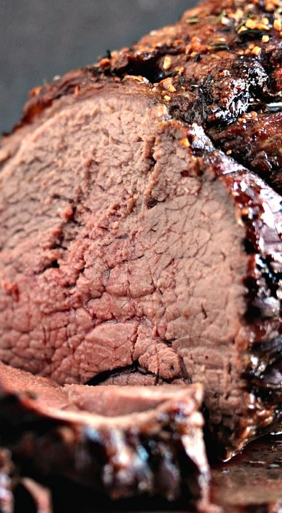 How to Cook a Top Sirloin Beef Roast.