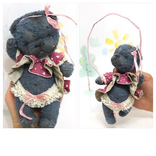 """""""Минни"""" - мишка Амели🐻Та самая, которую Амели попросила сшить ей ко Дню рождения два года назад))) Ами уже 5, а Минни 2)) #тедди #teddybear #teddy #мишкатедди #теддимишка #topcreator #art🎨 #handmadedoll #скакалка #toy"""