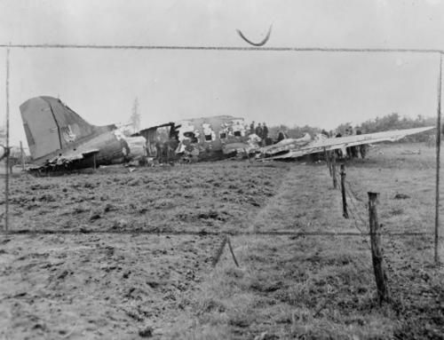 Operation MARKET : air re-supply of British airborne forces in the Arnhem area, 19 September 1944.