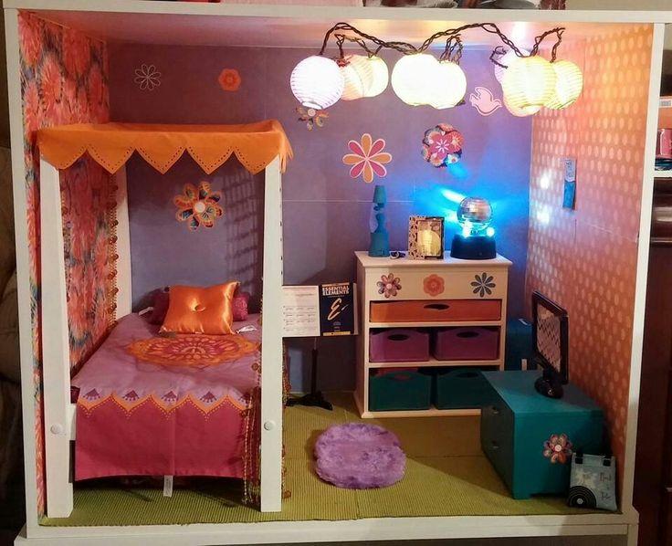 American Girl Julie s Bedroom Doll Dollhouse Julie s Egg Chair Julie s  snack Set Julie s lunchbox Julie s rollerskates Julie s disco ball Julie s  d. American Girl Julie s Bedroom Doll Dollhouse Julie s Egg Chair