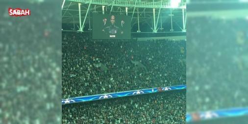Beşiktaş taraftarından tarihe geçen tezahürat! : Beşiktaş sahasında Benficayı ağırlarken futbol tarihine geçen bir tezahürata imza attı. Karşılaşmanın başlamasıyla birlikte işaret diliyle sessiz tezahürat yapan Beşiktaşlı taraftarlar böylelikle...  http://www.haberdex.com/spor/Besiktas-taraftarindan-tarihe-gecen-tezahurat-/94999?kaynak=feeds #Spor   #tezahürat #Beşiktaş #geçen #işaret #birlikte
