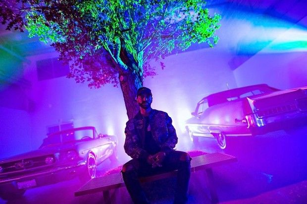 "Stream Big Sean's New Album ""I Decided""  Out now, stream Big Sean's anticipated new album ""I Decided"" featuring Eminem, Jeremih, The-Dream, Jhene Aiko & more. http://www.hotnewhiphop.com/stream-big-seans-new-album-i-decided-news.28396.html  http://feedproxy.google.com/~r/realhotnewhiphop/~3/4d4ZEb3omvs/stream-big-seans-new-album-i-decided-news.28396.html"