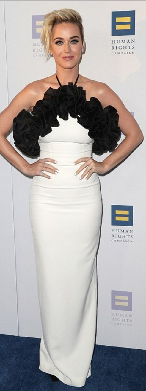 Who made Katy Perry's black and white gown?