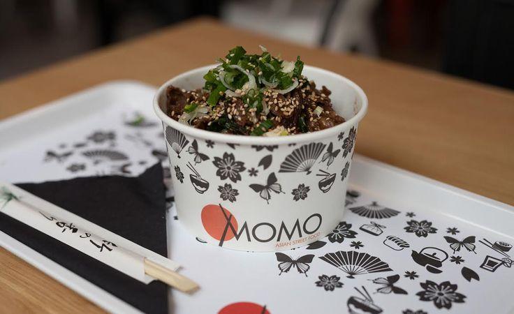 Momo, Κολοκοτρώνη