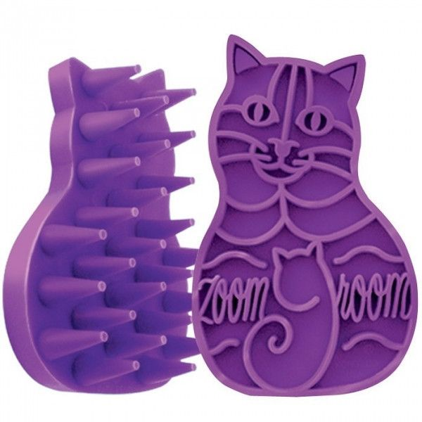 Kong Cat Zoom Groom es un cepillo masajeador de la casa Kong en forma de gato. Para el cuidado del pelo y, para dar masajes suaves. El cepil...