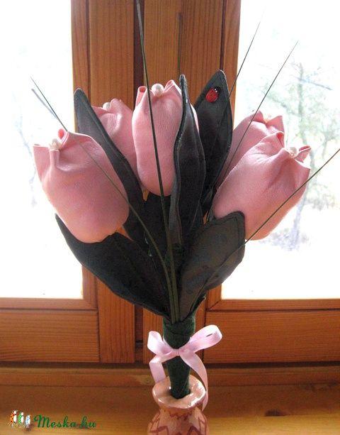 Meska - Bőrből tulipán csokor  eszterszemek kézművestől