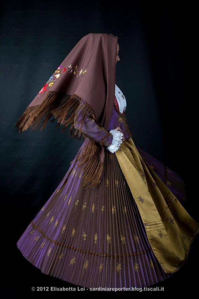 Traditional dress of Gairo, #Ogliastra