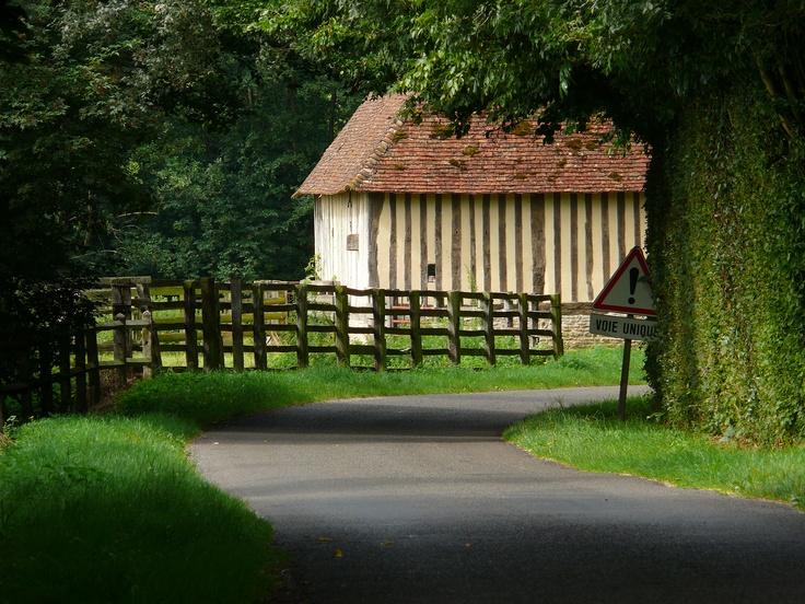 les maisons de nos campagnes Normandes ...visitez le pays d'auge et séjournez aux gites du Martinaa www.martinaa.fr