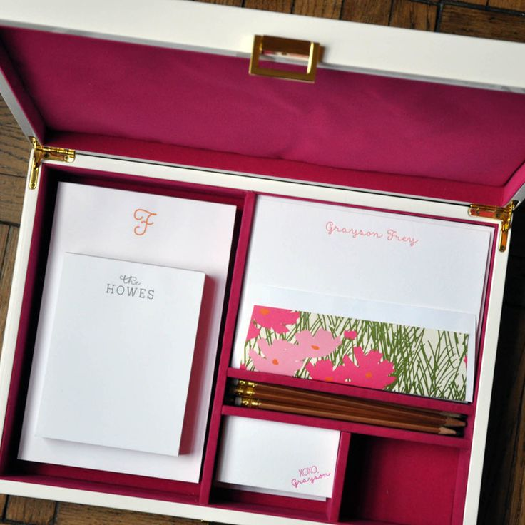 Haute Papier's mix-and-match, personalized stationery desk set is sure to wow! The V2 Fuchsia Collection is flat printed and letterpressed in fuchsia, coral, poppy & forest inks and customized with your name and monogram. The pencils are a coordinating gold.