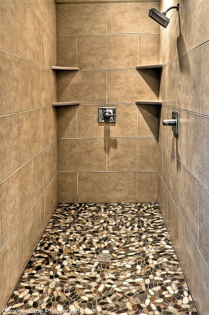 Beautiful Walk In Shower   Flat River Rock Similar To A Product Offered By  Maniscalco On The Floor.