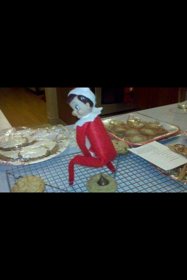 That's the funniest elf on a shelf I've seen