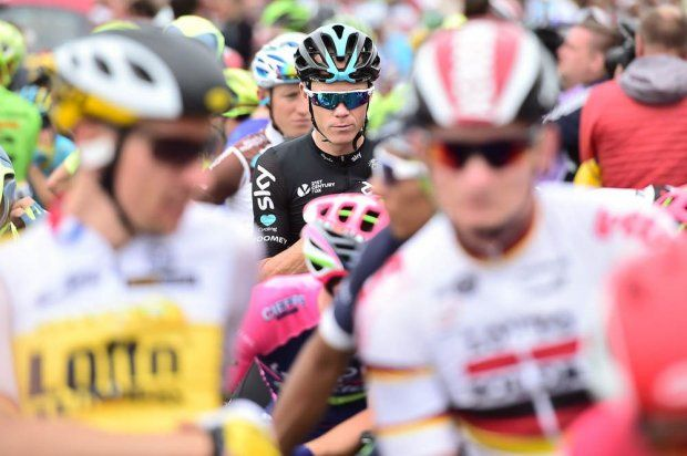 Tour de France 2016 - Official site - au depart - twice times and defending champion Chris Froome SKY (GB) in the middle of them all - stage 3
