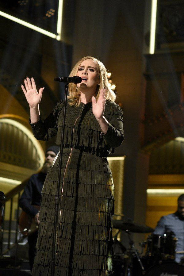 Pin for Later: Adele's SNL Performance Was Perfection — Mostly Because of Her Custom Burberry Dress  Her fringe number featured a gold zipper that ran down the front of her dress.