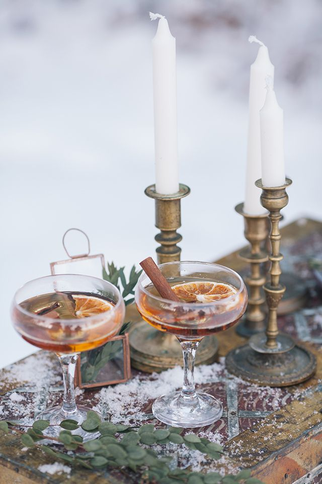 art Deco style, drinks and candles