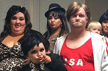 """The Cast Of """"Honey Boo Boo"""" Dressed Up As The Kardashians"""