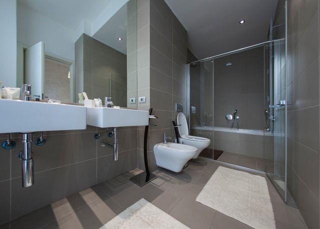 Combinazione perfetta tra il comfort di un hotel e la privacy di un appartamento in una Milano tutta da scoprire - colazione, bicchiere di vino omaggio ed altri extra.