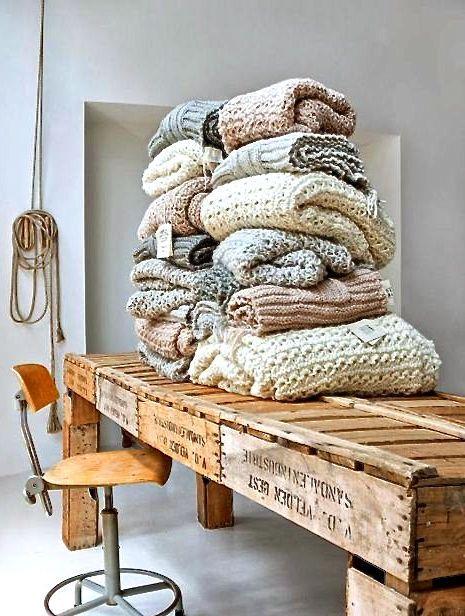 Atelier SUKHA disponible à LAMAISONPERNOISE - Concept Store en Provence http://www.lamaisonpernoise.com