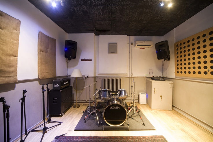 Air-conditioned rehearsal rooms @BEStudios (Brighton Electric) http://www.allstudios.co.uk/index.php?r=studios/view=487=rehearsal-room#