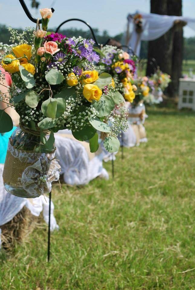 Wedding aisle, mason jar vases
