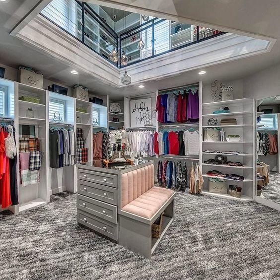 dressing moderne et luxueux | my home | Dressing maison, Dressing de ...