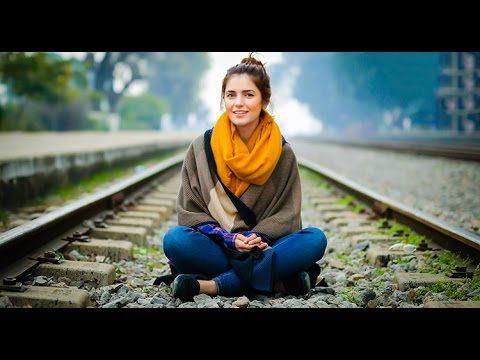 Momina Mustehsan New Song Har Zulm Cute and Beautiful Singer 2016.