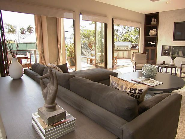 This malibu great room with its eye catching smooth stucco for Outdoor great room ideas
