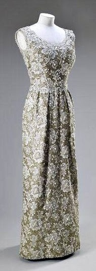 Norman Hartnell, for Queen Elizabeth II, 1962, Exhibition of the Queen's wardrobe at Buckingham Palace