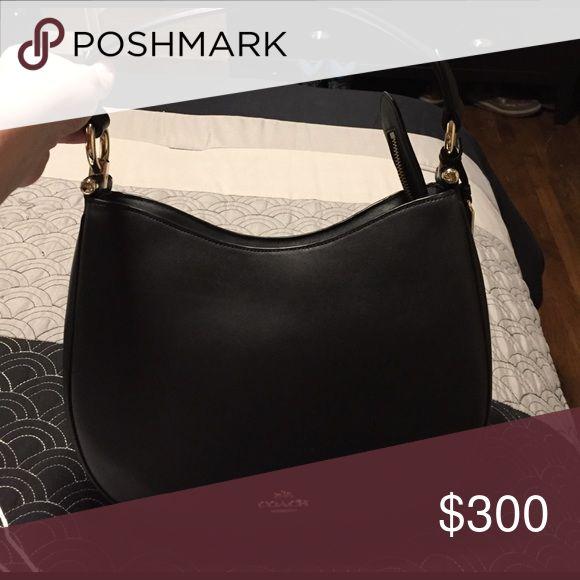 Black Coach purse Black coach purse, excellent condition, used once. Coach Bags Shoulder Bags