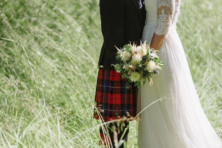 Scottish wedding tradition, Real wedding  by Scotland wedding photographer Julia Lillqvist | Jenny and Richard | Scottish Country Wedding | http://julialillqvist.com