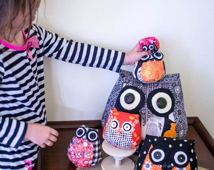 These owls are one of my favorite projects ever! Have you ever sewn  something that makes you so excited that you just want to sew another and  another? Well that happened to me with these owls!