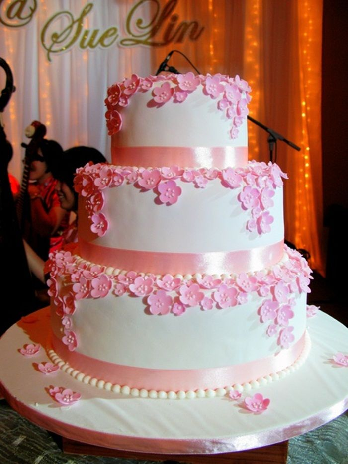 cherry blossom wedding cake decorations 17 best images about amazing wedding cakes on 12640