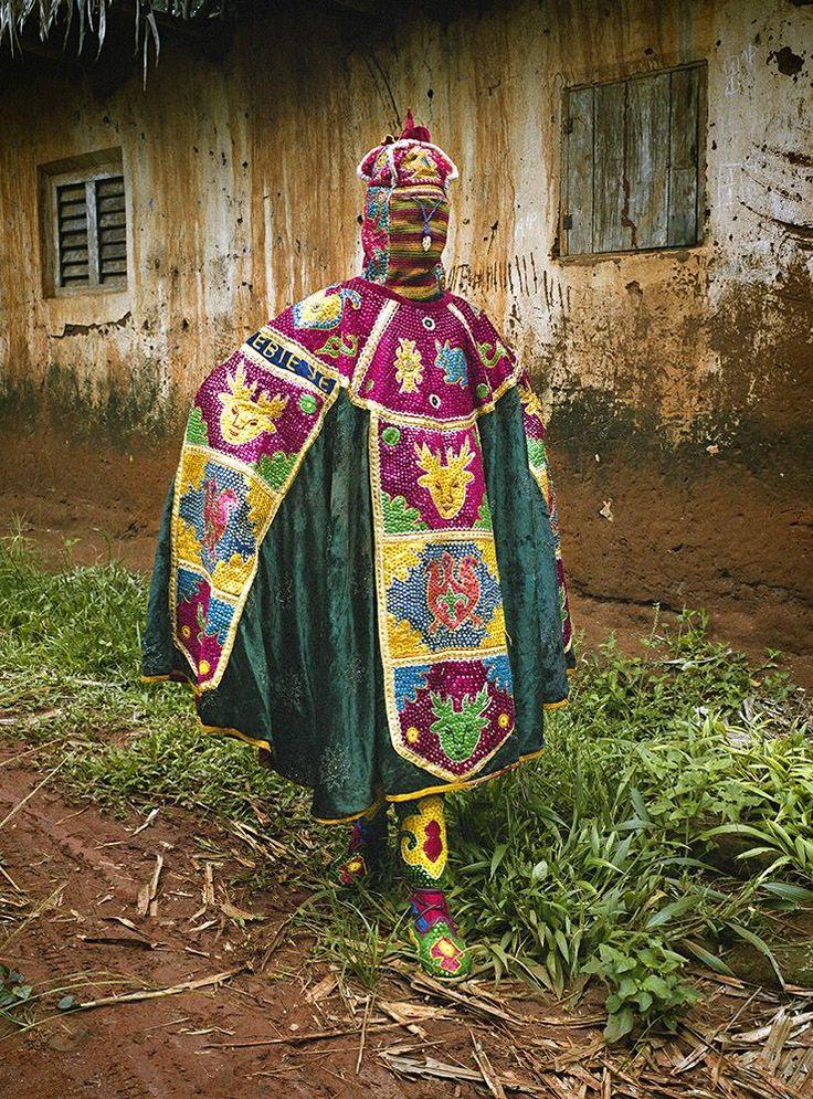 Les Vêtements traditionnels du Vaudou au Bénin (4)