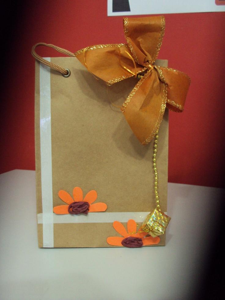 Sacolas em Kraft, decoradas.: Elegant Calçados, Sacolas Ems, Ems Kraft, De Geli, Sacola Kraft, Pinceladas De