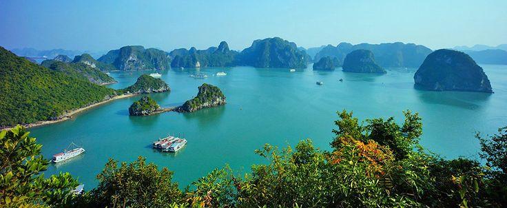 Ha Long Bay. #vietnam #halongbay #travel #wander