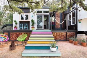 380 Sq Ft Tiny Home in Austin, Texas 008 IDEA FOR STAIRS DOWN FROM TH TO DI'S DECK