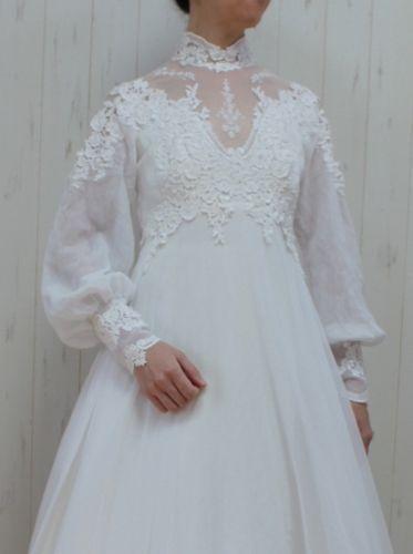 ヴィンテージウェディングドレス、アンティークウエディングドレスを販売。1950年から1980年代 ビンテージ、ビクトリア朝ドレス、アンティークドレス、結婚式や披露宴、二次会やフォトウエディングのドレスとしてご利用下さい。