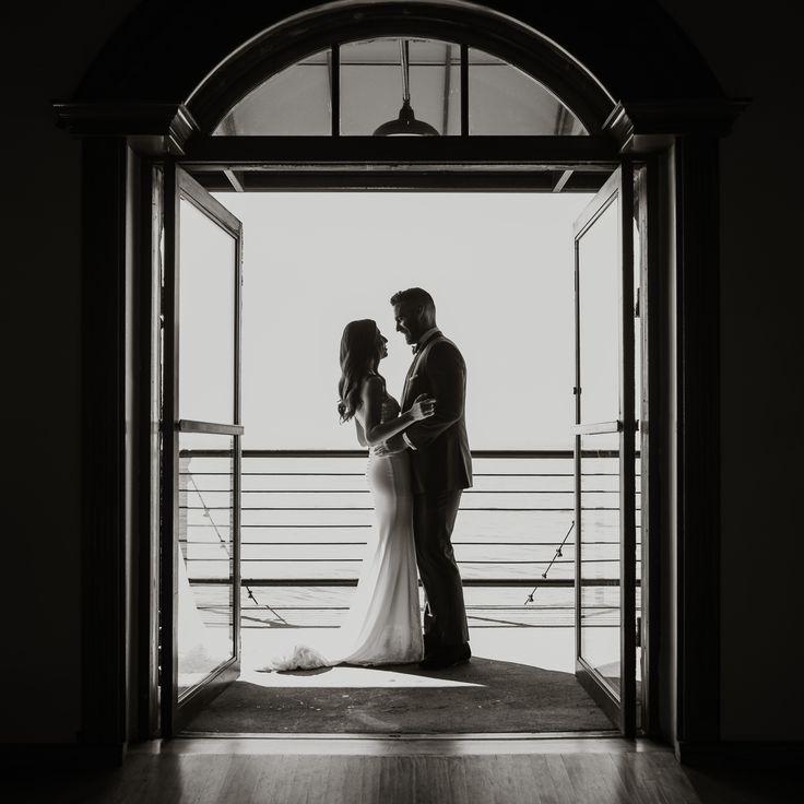 First Look at Liberty Warehouse wedding, Brooklyn NY - PHOTOGRAPHY Joel + Justyna