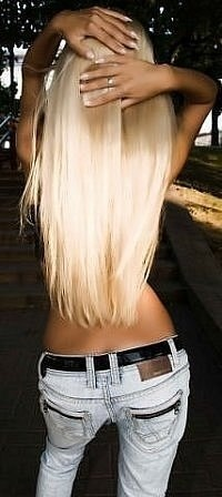 My hair needs to be this long again < 3