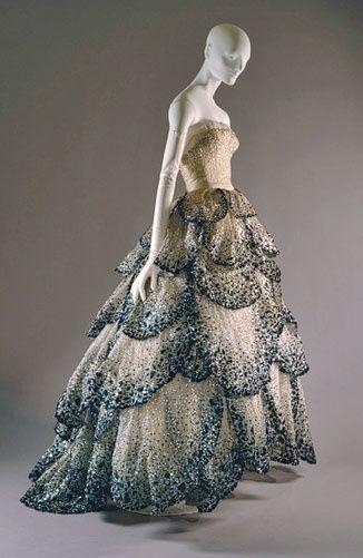 Dior. When ballgowns where really ballgowns.