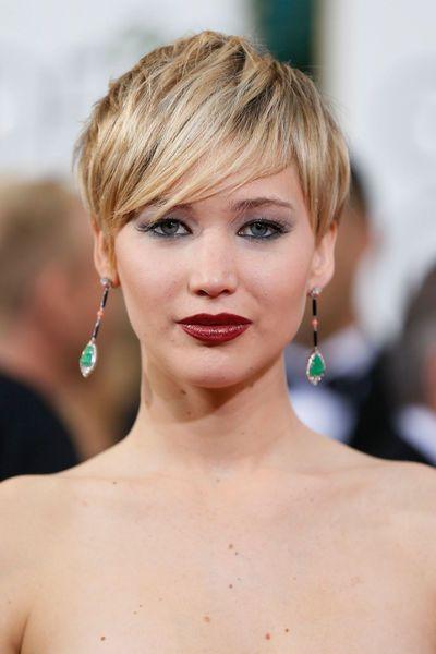 coiffure golden globes 2014 Jennifer Lawrence coupe garconne - EN IMAGES. Les plus belles coiffures des Golden Globes 2014 - L'EXPRESS