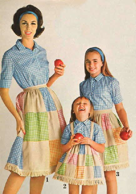 1962 matchy matchy gingham patchy: Half Aprons, Colour Fashion, Gingham Girls, Early 60S, Fashion 60 S, Teens Girls, 60S Mothers, Gingham Fashion, Aprons String