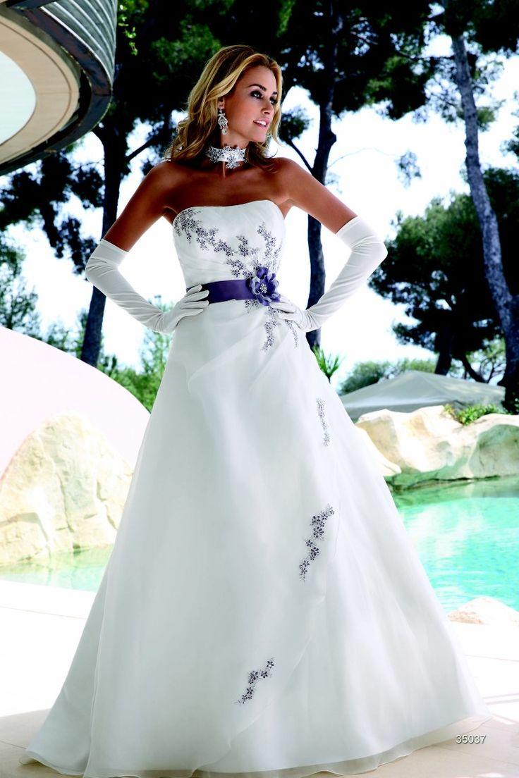 Brautkleid Aus Der Ladybird Brautmoden Kollektion 2015 Bridal Dress From The Collection