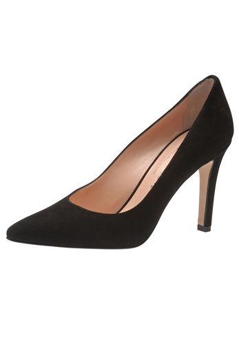 Für die selbstbewusste Lady, die hoch hinaus will: Der aufregende Lederpumps von Evita passt nicht nur zum kleinen Schwarzen, sondern peppt auch Basic-Outfits auf wie Jeans und Blazer. Handgefertigt aus Italien sieht man dem guten Stück Stil und Qualität schon von weitem an. Perfetto! Evita - Leidenschaft für italienische Schuhe und Accessoires Absatzhöhe 9 cm Absatzart Stiletto Hinweis Fällt passend aus!