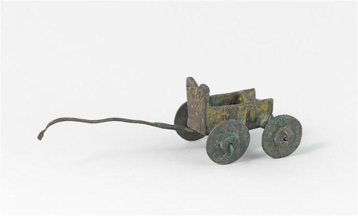 Modèle de chariot de type sumérien. vers 2300 av J.-C.