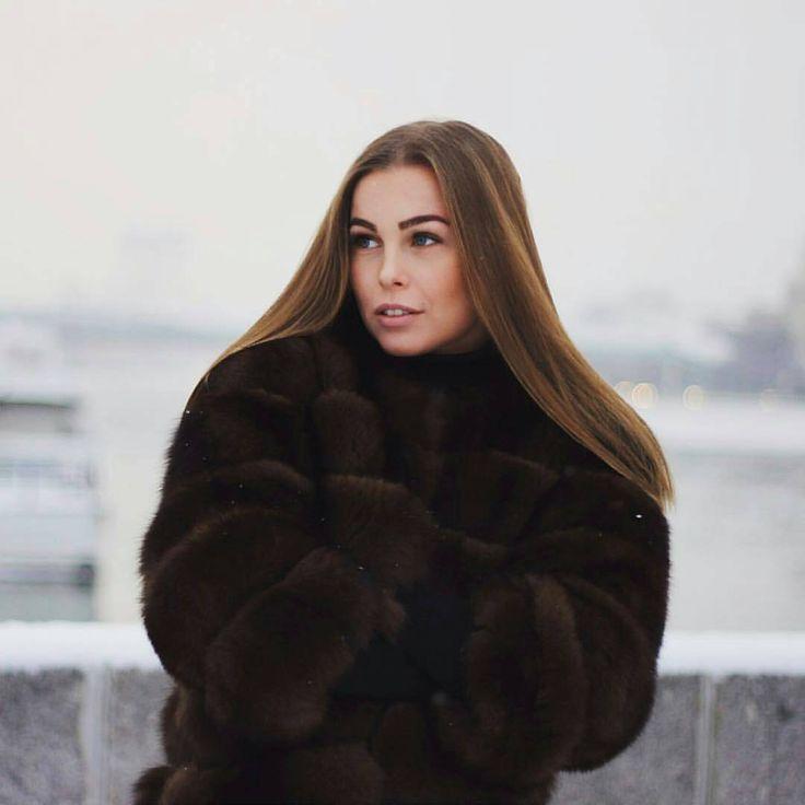 #fur #furcoat #coat #style #fashion #lookbook #beautiful #girl #musthave #futro #pelz #pellicce #мех #шуба #шубы #москва #follow #like #americangirl #polishgirl #czechgirl #amazing #selfie #blonde #beautifulgirl #russiangirl #brunette #winter #buy #ukrainegirl 💕I am young and hot. 👅 Want to know more? 👅 Find me