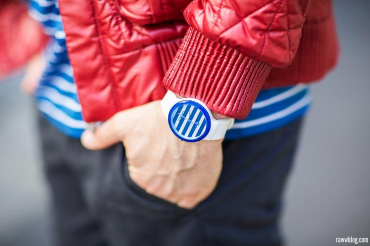 Športová ležérnosť Lacoste, tento model Lacoste Goa je dostupný na http://www.1010.sk/hodinky-lacoste/lacoste-la2020023/