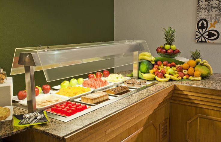 El #buffet de ILUNION Menorca te ofrecerá una gran variedad gastronómica para que comas cuanto quieras. http://www.ilunionmenorca.com/