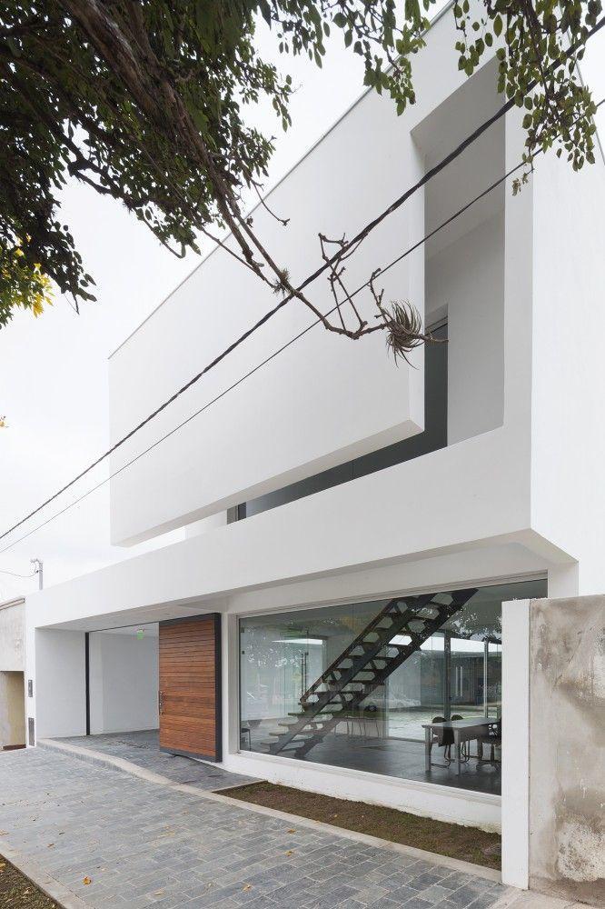 life1nmotion:  Caja de Seguridad Social para Abogados / Sergio Alberto Cabrera Arquitectos